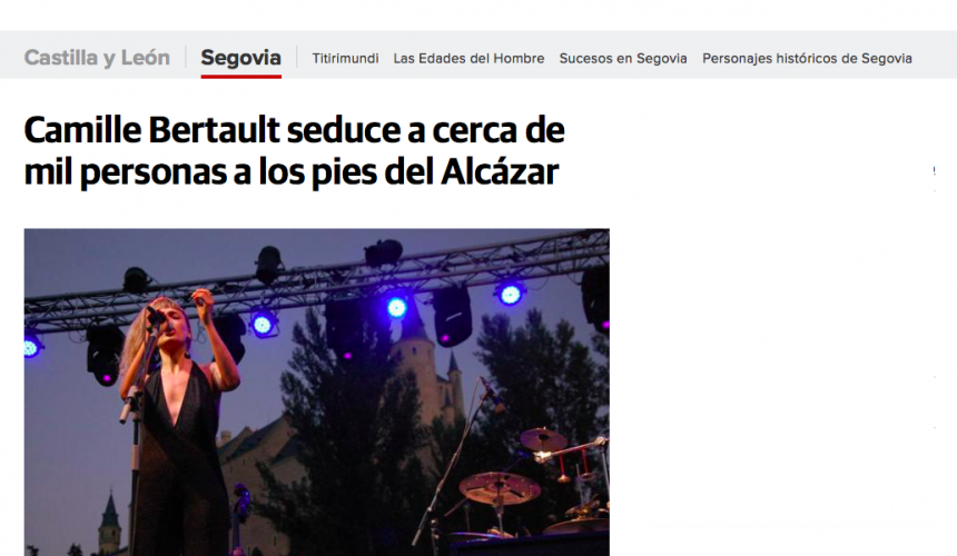 El Norte de Castilla: Camile Bertault seduce a cerca de mil personas a los pies del Alcázar