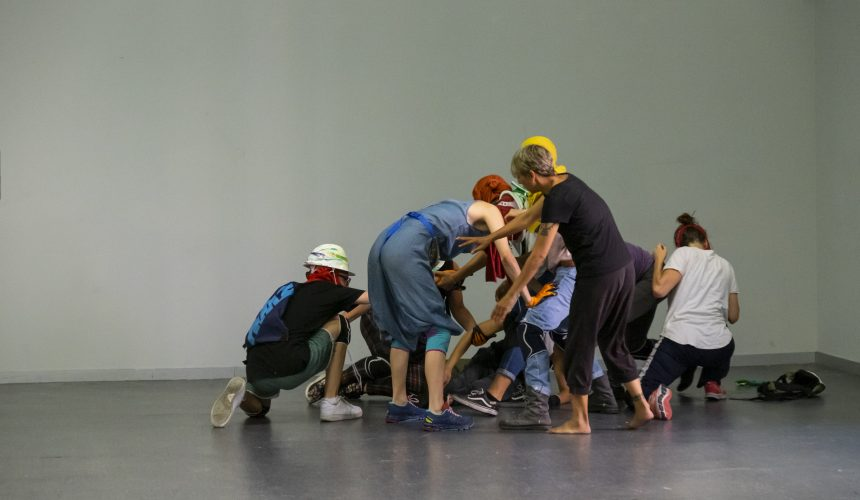 MUSEG arranca su 44 edición con la presentación de Federico Mayor Zaragoza y la performance PeepBox 350º