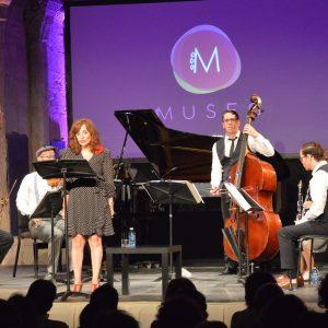 Elvira Lindo pone música y texto a la incredulidad de la posguerra en el ciclo En Abierto de MUSEG