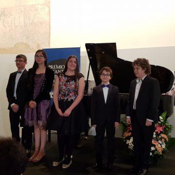 Una veintena de jóvenes pianistas participan este sábado en la semifinal del 24 Premio Infantil de Piano Santa Cecilia-Premio Hazen que podrá verse en Youtube
