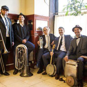Domingo 26 de septiembre 19.30h – Barba Dixie Band